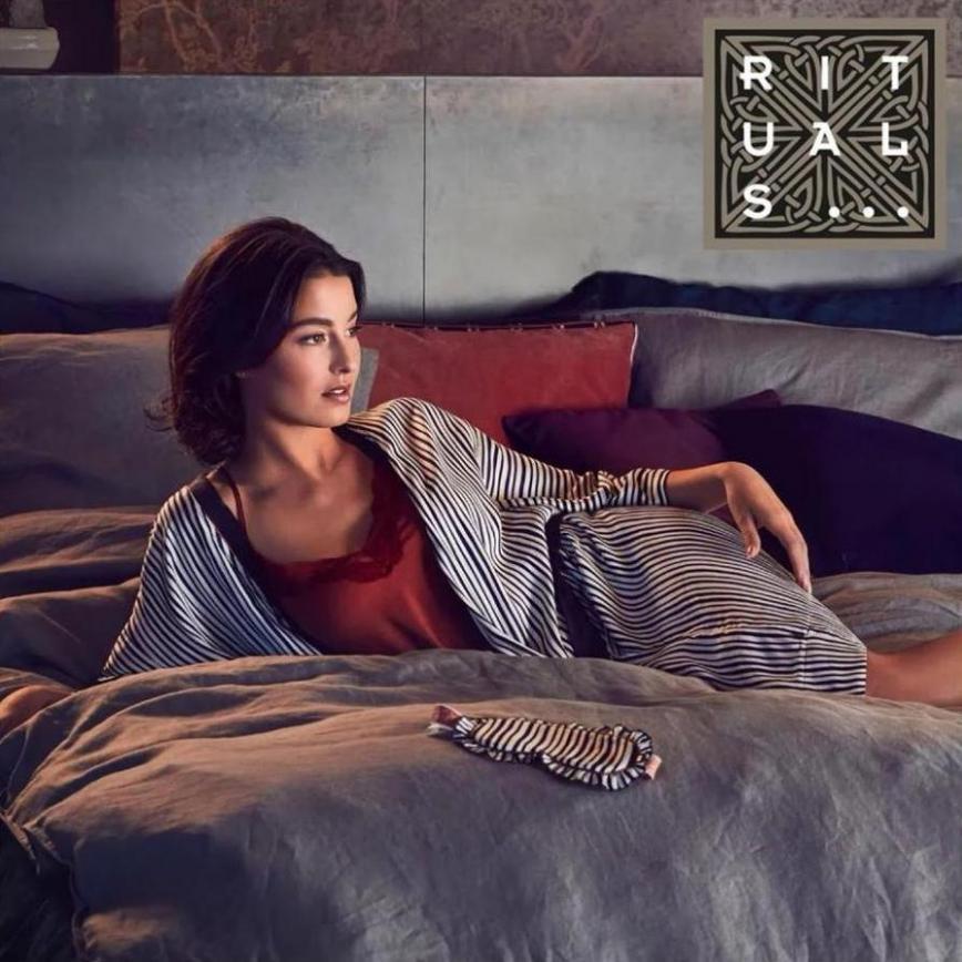 Sleepwear | Lookbook . Page 1