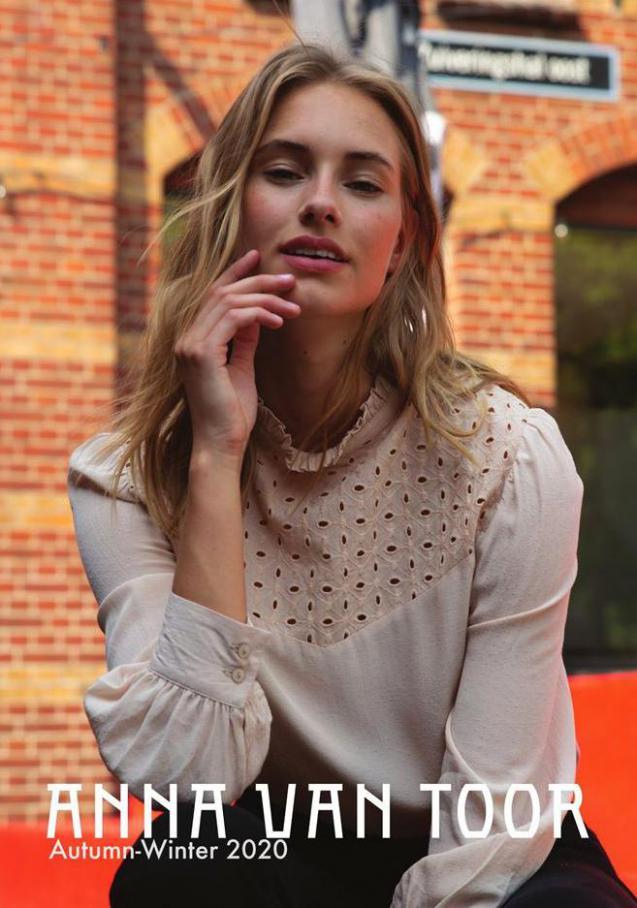 Autumn-Winter 2020 . Anna van Toor (2021-02-28-2021-02-28)