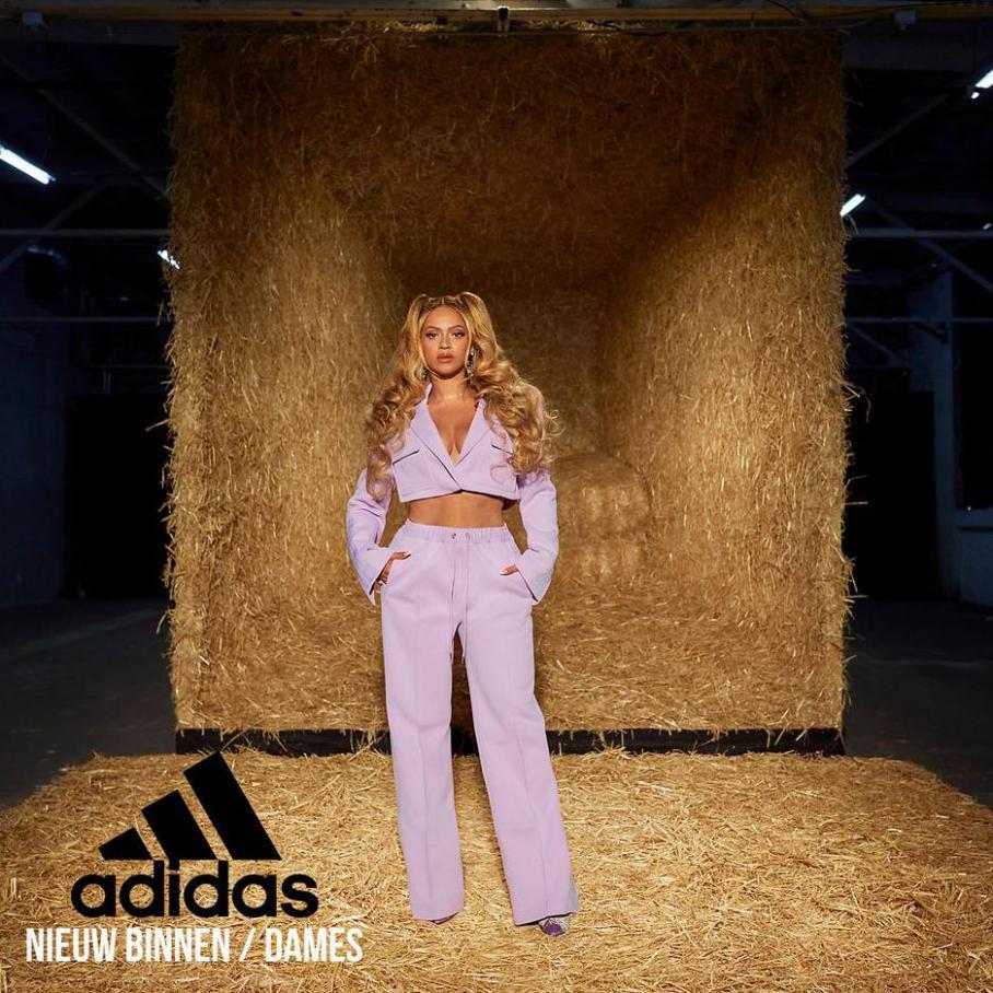 Nieuw Binnen / Dames. Adidas (2021-11-08-2021-11-08)